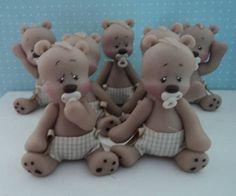 ursinhos com fraldinhas em tecido,para apliques,enfeites,lembrança!!! contato:arteira_2010@hotmail.com www.facebook.com/soniamendes.2012