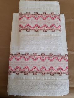 Swedish Embroidery, Hand Embroidery, Bordados Tambour, Swedish Weaving Patterns, Bath Linens, Bargello, Needlepoint, Cross Stitch, Quilts
