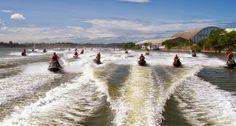 ENEMOTOS: Motos aquáticas aceleram com segurança no Rio Para...