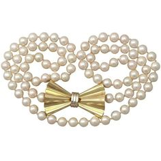 Preowned Single Strand Pearl & 18k Yellow Gold Necklace - Art Deco... ($2,091) ❤ liked on Polyvore featuring jewelry, necklaces, yellow, vintage art deco necklace, vintage necklaces, art deco pearl necklace, white gold pearl necklace and art deco necklace