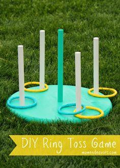 Avec l'été, il faut occuper les enfants au jardin...je vous propose aujourd'hui de fabriquer un jeu d'anneaux à lancer, fun et coloré!