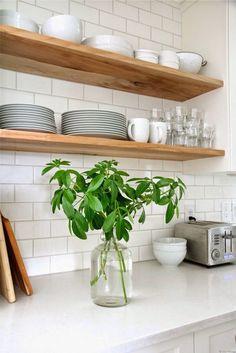 New Kitchen Tiles Modern Back Splashes Open Shelving Ideas White Subway Tiles, Subway Tile Kitchen, Kitchen Backsplash, Backsplash Ideas, Kitchen Cabinets, Tile Ideas, Kitchen Countertops, Kitchen Mosaic, Backsplash Design