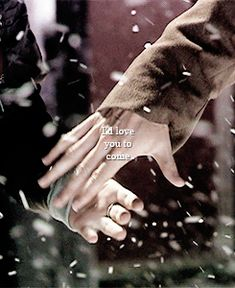 This! Hand in hand! It's the most beautiful little gest i know! ❤️   From the first time with Nine and Rose - first episode I saw with The Doctor - to Ten and Rose... This lovely gest! ... It made me a Whovian ❤️  The Doctor... Hand in hand with his companion ❤️