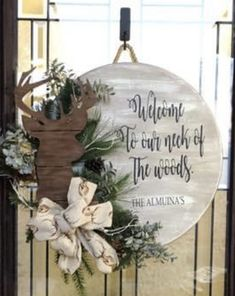 Welcome Signs Front Door, Front Door Decor, Door Crafts, Wreath Crafts, Wooden Hangers, Door Hangers, Christmas Crafts, Christmas Decorations, Wooden Door Signs