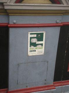 En Edimburgo colocan carteles en los puentes de ayuda 24 horas para evitar que se tiren
