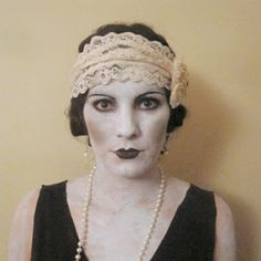 Need a last-minute costume idea? Go from flapper to silent film star with a bit of makeup and a screen card!