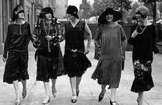Flapper Style: A Tribute to the 20's