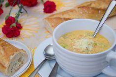Skinny Broccoli Cheddar Soup