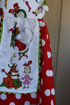 Love this Grinch apron.