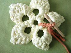 Tutorial DIY para hacer una flor a ganchillo: SEGUNDA FLOR