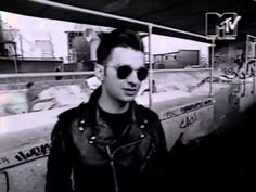 Depeche Mode interview 04 1989 MTV Europe (Alan and his accent is killing me slooowwwwlllyyy from the inside)