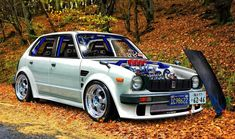 Tuned Honda Civic (First Generation) - old but gold! Everybody should start off with a car like this.