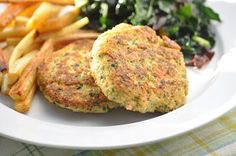The Whole Life Nutrition Kitchen: Quinoa-Salmon Burgers (Gluten-Free + Egg-free)-use a flax egg. Parsnip Fries-cut, toss with EVOO, salt, pepper. Spread on baking pan. Quinoa Burgers, Salmon Burgers, Salmon Patties, Whole Food Recipes, Healthy Recipes, Healthy Meals, Free Recipes, Alkaline Recipes, Alkaline Diet