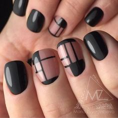 Opting for bright colours or intricate nail art isn't a must anymore. This year, nude nail designs are becoming a trend. Here are some nude nail designs. Minimalist Nails, Shellac Nails, Nail Manicure, Fabulous Nails, Gorgeous Nails, Cute Nails, Pretty Nails, Art Deco Nails, Cute Easy Nail Designs