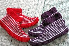 Crochet Chart, Knit Crochet, Yeezy, Mittens, Malli, Diy And Crafts, Adidas Sneakers, Baby Shoes, Slippers