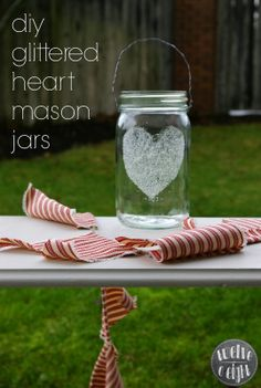 country decor, farmhouse style, vintage style, mason jar, craft, diy