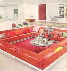 Conversation pit - these were the ultimate in living room design during the sixties & seventies !!!