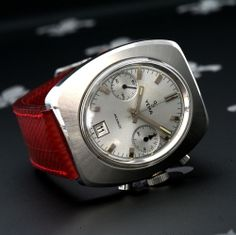 Exquisite 1960's YEMA France Vintage Chronograph Date Watch Valjoux Cal. 7734