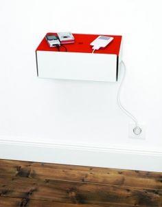Nooit meer op zoek naar de oplader(s) en alle snoeren netjes weggewerkt in deze design charge box!