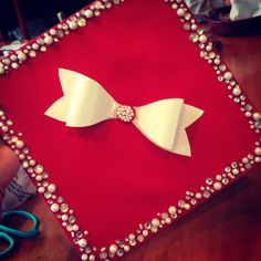 this is going to be my cap for grad for sure! Graduation Open Houses, Graduation 2016, Graduation Cap Designs, Graduation Cap Decoration, Graduation Pictures, Abi Motto, Grad Hat, Cap Decorations, Cap And Gown