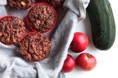 Gluteenittomat omena-kesäkurpitsa-muffinssit - Satokausikalenteri Treat Yourself, Zucchini, Dairy Free, Deserts, Gluten, Treats, Vegetables, Recipes, Food