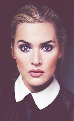 Kate Winslet is a very talented actress and singer of Hollywood. She is known for her versatile acting and voice. Check out Kate Winslet net worth here. Kate Winslet, Pretty People, Beautiful People, Beautiful Women, Beautiful Eyes, Greg Williams, Foto Portrait, Portrait Photography, Look Vintage