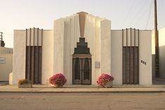 Photo by richard dowdy - Photo 38650472 / 500px Neoclassical Architecture, Islamic Architecture, Amazing Architecture, Architecture Design, Miami Architecture, Bauhaus, Art Nouveau, Miami Art Deco, Estilo Art Deco