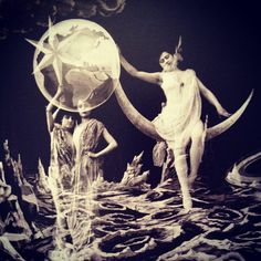 George Méliès has a really interesting way of depicting women as constellations and extraterrestrial beings in his films. There was something both expected and refreshing about it. There is also something very Grecian about his designs. Sun Moon Stars, Sun And Stars, Film D'action, Film Stills, Nocturne, Dramas, Vintage Moon, Paper Moon, Moving Pictures