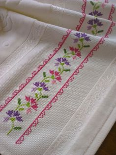 Cross Stitch Borders, Cross Stitch Flowers, Cross Stitching, Cross Stitch Embroidery, Cross Stitch Patterns, Hand Embroidery Flowers, Embroidery On Clothes, Hand Embroidery Designs, Needlework