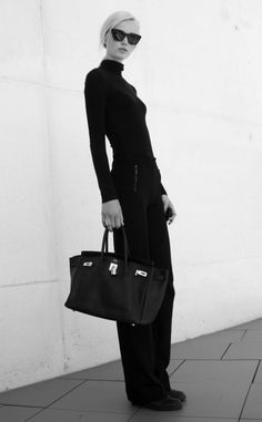 timeless style......love a tight-neck on a turtleneck....& the bag...well nothing needs to be said about the bag.....