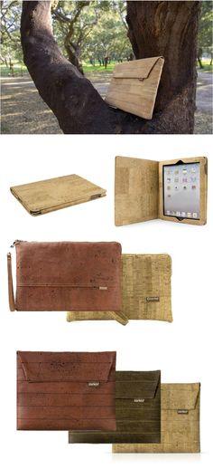 Ok.  Auf Bäumen wachsen sie nicht. Aber fast.  Neue Taschen für Mini-Tablets aus portugiesischem Korkleder. Cork, Burlap, Reusable Tote Bags, Wallet, Patterns, Mini, Products, Taschen, Leather