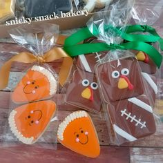 Table favors or snacks during the game. Any excuse for cookies! Order them now for Thanksgiving. each, minimum order of 4 packs (if only ordering these packs. Crazy Cookies, Mini Cookies, Fall Cookies, Cute Cookies, Holiday Cookies, Halloween Cookie Recipes, Halloween Sugar Cookies, Iced Sugar Cookies, Thanksgiving Cupcakes