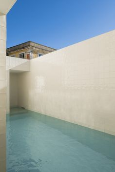 Galería de Casa en Alfama / Matos Gameiro Arquitectos - 15