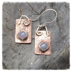 Sterling silver etched copper and blue lace agate by HENjewellery, €32.00