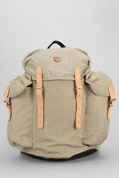Fjallraven Classic 30L Backpack #urbanoutfitters