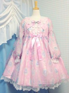 Angelic Pretty Milky Cross Special Set OP in Pink.