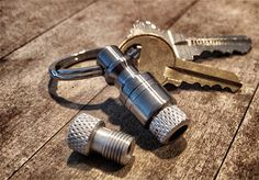 """Bike Pump Keychain by thisisabikepump: The key chain that allows you to connect and fill your bike tire with any common type """"A"""" industrial air compressor hose! Dad doesn't carry around his bike pump right? Bike Pump, Cargo Bike, Cool Gear, Car Shop, Gadgets And Gizmos, Bike Life, Just In Case, Gears, Bicycles"""