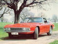 1967, la Monteverdi High Speed 375 S à mécanique V8 Chrysler s'inspire de la Maserati Ghibli. Elle est présentée au Salon de Francfort