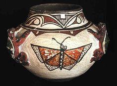 Antiques & Fine Art - Burns, Marcy American Indian Arts - Zuni Frog Jar 3