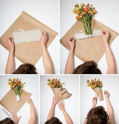 15 Trendy Flowers Bouquet Present Floral Arrangements Flower Bouquet Diy, Bouquet Wrap, Gift Bouquet, Paper Bouquet, Flower Ideas, Diy Flower Box, Flower Shop Decor, Cake Pop Bouquet, Bouquet Holder