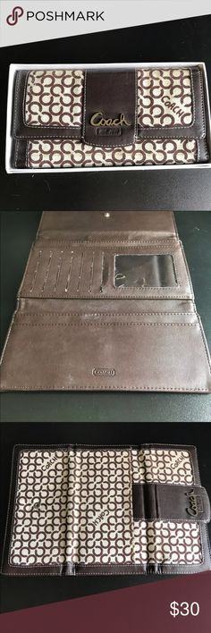 Authentic Coach Wallet Authentic Coach Wallet in perfect condition. Comes with original boxing/packaging! Coach Bags Wallets