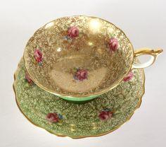 Plato y taza de té de China de Paragon de Chintz Floral verde