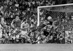 Trevor Francis of Nottingham Forest (l) heads the winning goal past Malmo goalkeeper Jan Moller