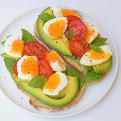 Mmmmm breakfast bruschetta with avocado, tomato and basil. Love this trick of keeping soft boiled eggs in the fridge! #iqs8wp