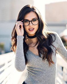 Semi-naked sexy girls with glasses Cute Glasses, Girls With Glasses, Glasses Frames, Girl Glasses, Makeup With Glasses, Fashion Eye Glasses, Wearing Glasses, Womens Glasses, Girls Accessories