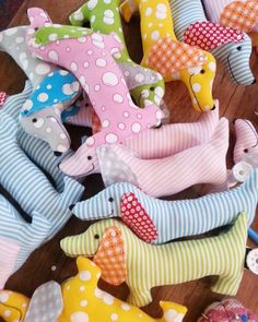 Best in Show: sausage dog pattern easy sewing by ricracsews