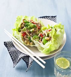 San choy bow: You can make this classic Asian dish with veal mince or chicken breast mince if you prefer. Pork Recipes, Asian Recipes, Real Food Recipes, Cooking Recipes, Healthy Recipes, Ethnic Recipes, Asian Foods, Healthy Cooking, Healthy Eating
