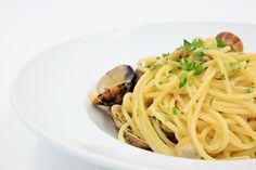 Spaghetti con Vongole e Prezzemolo #mangiareapalermo #foodphotography