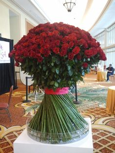 Enormous rose arrangement... just try and guess how many roses are used?!?