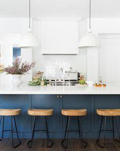Home Decor Kitchen, Rustic Kitchen, New Kitchen, Kitchen Dining, Dining Room, Kitchen Sink, Decorating Kitchen, Awesome Kitchen, Kitchen Fixtures